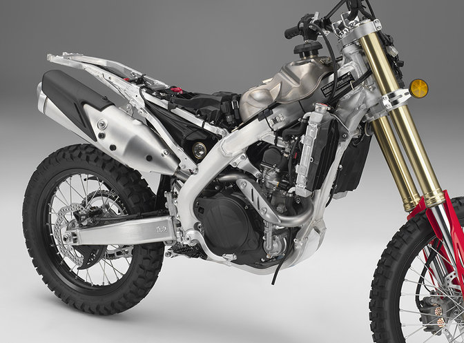 CRF450L, lateral derecho.