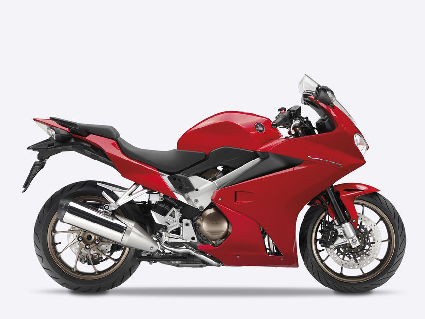 Honda VFR800F Tourer, en estudio, lateral, Victory Red