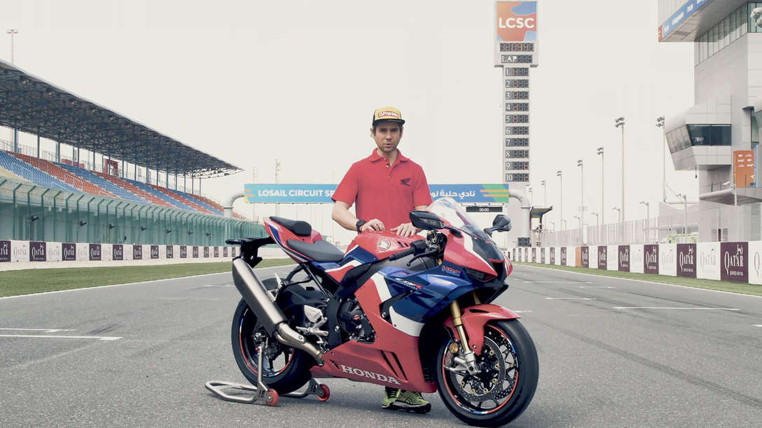 Alvaro Bautista stood next to the 2020 CBR1000RR-R Fireblade SP