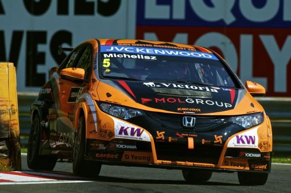 Zengo Honda en la carrera de Salzburgring